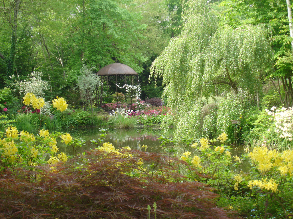 jardin d 39 atmosph re du petit bordeaux 72 220 saint biez en belin jardin. Black Bedroom Furniture Sets. Home Design Ideas